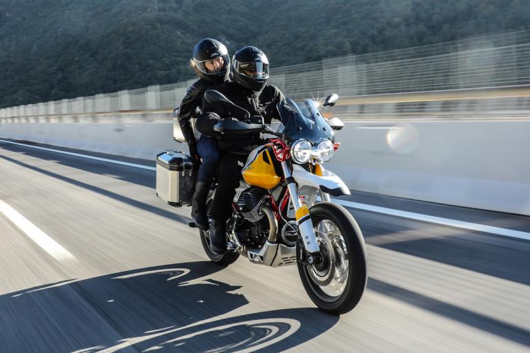 Moto-Guzzi-V85-TT-12