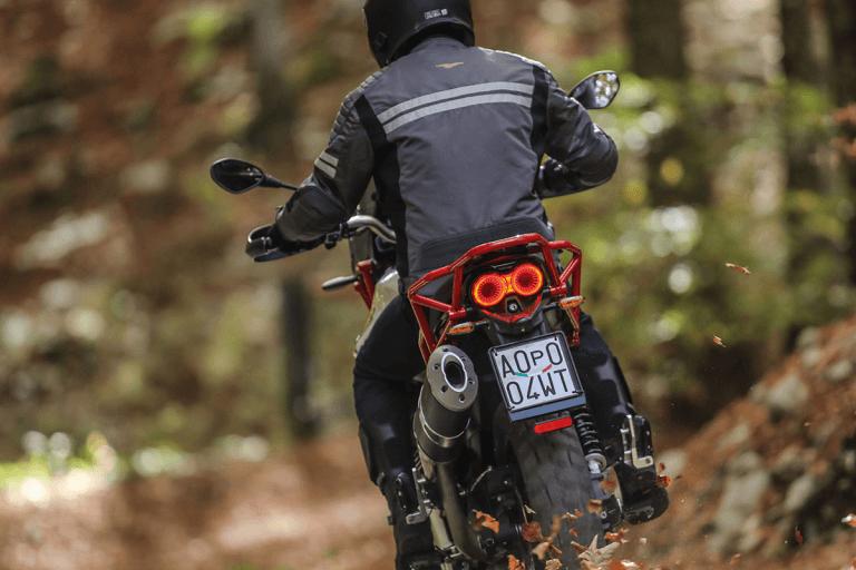 Moto-Guzzi-V85-TT-18