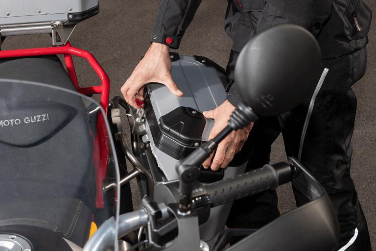 Motoguzzi-V85TT-2019-29