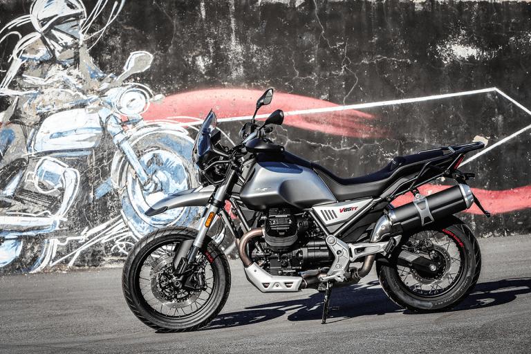 Motoguzzi-V85TT-2019-30