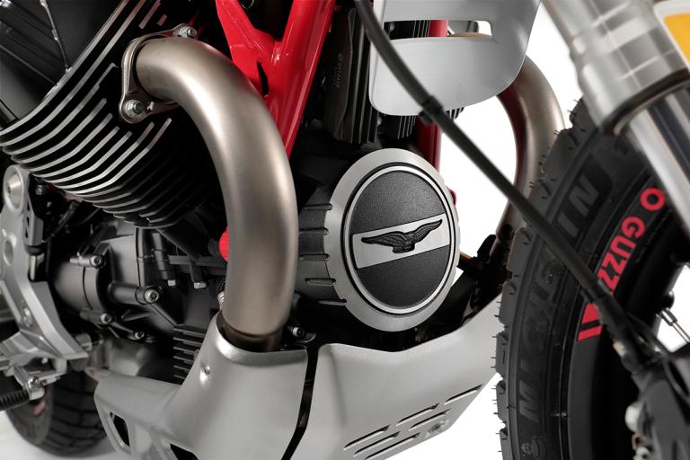 Moto-Guzzi-V85TT-Premium-17