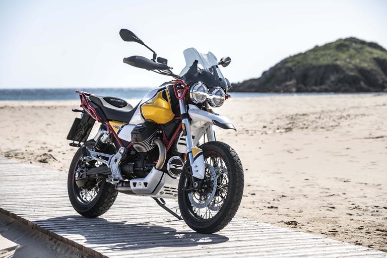 Moto-Guzzi-V85TT-Premium-28