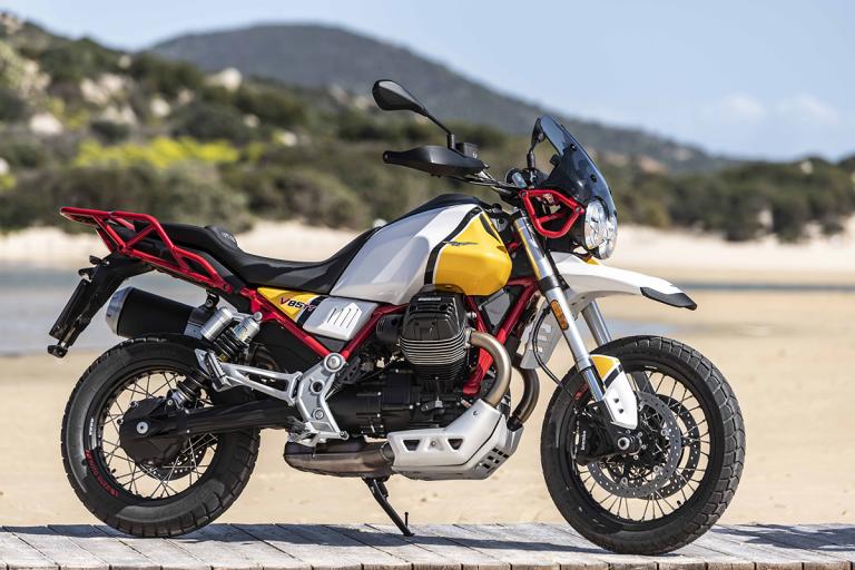 Moto-Guzzi-V85TT-Premium-31