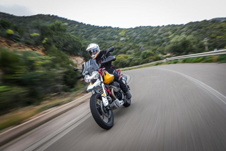 Moto-Guzzi-V85TT-Premium-40